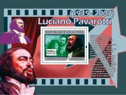 Guinea 2007 MNH - MUSIC: Luciano Pavarotti: Ne Le Octobre 1935 A Modene. YT 681, Mi 4932/BL1305 - Guinea (1958-...)