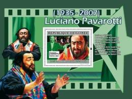 Guinea 2007 MNH - MUSIC: Luciano Pavarotti: Pavarotti Aime Se Produire. YT 682, Mi 4933/BL1306 - Guinea (1958-...)