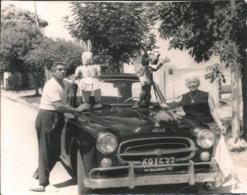 AUTO AUTOMOBILE VOITURE CAR Peugeot 403 1960' & Couple With DISNEY Teddy GOOFY Dog Chien And RABIT - Photo 11x9cm 1970 - Automobiles