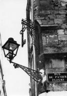 37 Tours / Rue Du Panier Fleuri / Mur / Lampadaire - Tours