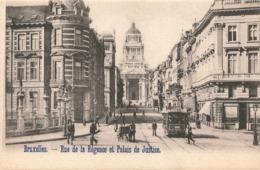 Belgique Bruxelles Tram Tramway Rue De La Regence Et Palais De Justice - Trasporto Pubblico Stradale