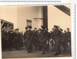 Foto MUSSOLINI In Visita Ad Una Fabbrica Bellica In Sardegna - Iglesias - - War, Military