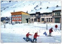 Carte Postale 04. Larche  Centre Admistratif Trés Beau Plan - France