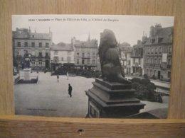 VANNES, Place Hotel De Ville - Vannes
