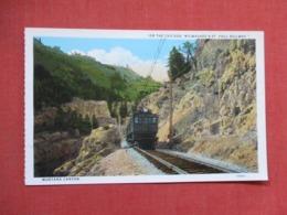On The Chicago   Milwaukee & St Paul Railway  Montana Canyon   Ref 3671 - Eisenbahnen