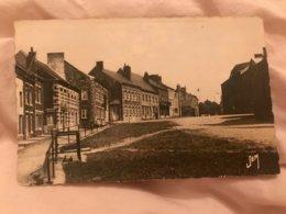 Carte Postale Ancienne (1955) ETROEUNGT La Place - Autres Communes