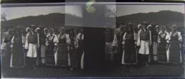BISTRITA, Transylvania : Fête, Danses, Les Habitants, Début XXe. Plaque Verre Stéréoscopique, Négatif. Transylvanie - Plaques De Verre