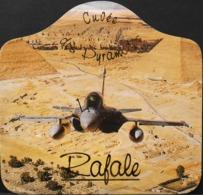 ETIQUETTE De VIN - RAFALE SUR LES PYRAMIDES, 2002 - Réalisé D'après Une Photographie Originale De François Robineau - BE - Airplanes