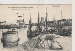 CPA-85-Vendée- L'Entrée Du Port Des SABLES D'OLONNE-  ( Vue Prise Du Pont De La Chaume )- - Sables D'Olonne