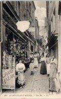 50 - Le MONT SAINT MICHEL -- Une Rue - Le Mont Saint Michel
