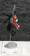 Figurine SPIROU En FANTACOPTERE De FRANQUIN - NEUF Dans Sa Boîte + Notice - Small Figures