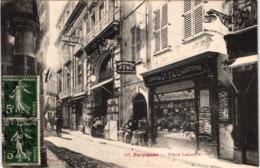 FR66 PERPIGNAN - Fau Nb 67 - Place Laborie - Devanture Librairie Fau - Animée - Belle - Perpignan