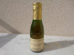 Petite Bouteile De 12.5 Cl De Marc De Champagne Pommery à 42 Degré - Autres Collections