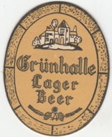 UNUSED BEERMAT - GRUNHALLE LAGER (WARRINGTON, ENGLAND) - GRUNHALLE LAGER BEER - (Cat No 006) - (1971) - Portavasos