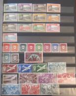Cameroun - Collection De Timbres Neufs 1925 à Fin Années 1960 Dont Taxe Et Poste Aérienne, Séries, Libération - TB - Stamps