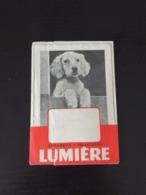 Ancienne Pochette Photo Appareils Et Pellicules LUMIERE en L Etat Sur Les Photos - Supplies And Equipment