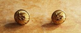 Lot De 2 Boutons Dorés De Chasseur Parachutiste Diamètre 15 Mm Militaria Armée Parfait Etat - Buttons