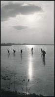 1966 Velencei-tó, Jéghokizók, MTI Fotó, 17×10 Cm - Other Collections