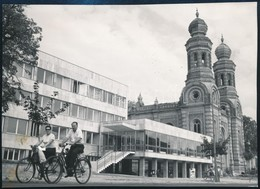 1968 Szombathely, Új Zenei Iskola és Zsinagóga, Feliratozott Sajtófotó, 11×15,5 Cm - Other Collections