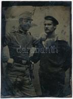 Cca 1910 Ferrotípia (fémlemezre Készült, Vásári Gyorsfénykép) Katonáról és Matrózról, 8x6 Cm - Other Collections