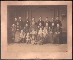 Cca 1880 Családi Fotó, Jelzés Nélkül, 19,5x25 Cm, Karton 24x30 Cm - Other Collections