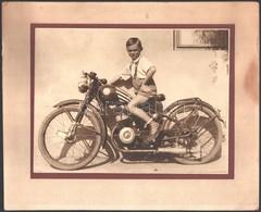 Cca 1930 Kisfiú Mátra Motorkerékpáron, Kartonra Kasírozott Fotó, 17×23 Cm - Other Collections