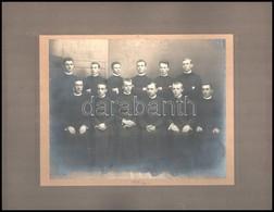 1917. Június 6. Knebel Szombathelyi Fényképész Műtermében Készült Csoportkép - Vélhetően - Végzett Papnövendékekről, Kas - Other Collections