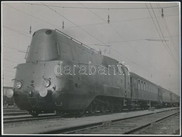 Cca 1940 242. Sz. áramvonalas Gyorsvonati Gőzmozdony Fotója / High Speed Steam Locomotive Photo 23x18 Cm - Other Collections
