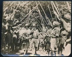 1933 Ifjú Pár Házasságkötés Utáni Fogadtatása Az 1933-as Cserkész Jamboree-n, Hátoldalon Feliratozott Fotó, Sarkain Kis  - Padvinderij