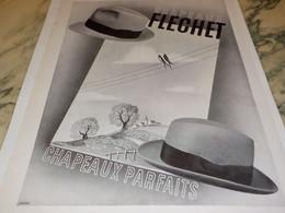 ANCIENNE PUBLICITE TRIUMPHE LES FEUTRES  DE FLECHET 1934 - Vintage Clothes & Linen