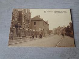 Belgique  België  ( 1056 )    Oudenburg  :  Ettelghemstraat Met Gasthuis - Oudenburg