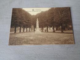 Belgique  België  ( 1058 )    Oudenburg  :  Marktplaats Met Gedenkteken Der Gesneuvelden - Oudenburg