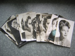LOT DE 15 CARTES - ARTISTES - B. BARDOT, ROMY SCHNEIDER...... - Artisti