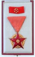 1980. 'Vörös Csillag Érdemrend' Aranyozott Peremű Zománcozott Bronz Kitüntetés Mellszalagon, Szalagsávval és Miniatűrrel - Zonder Classificatie