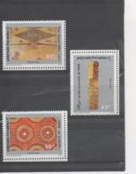 POLYNESIE Française - Art Polynésien : Le Tapa (Tissu D'écorce) - Tapa De Rurutu, Pièce D'écorce Battue, Effigie De Bois - Polynésie Française