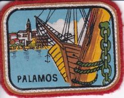 ECUSSON - TISSU  - ESPAGNE - PALAMOS: Dimension: 5CMS X 6CMS - Patches