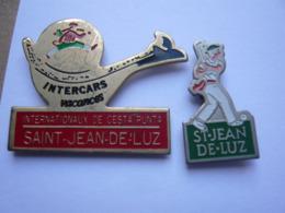 2 Pin S Sport PELOTE BASQUE ST JEAN DE LUZ Different - Badges