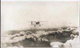 Photo Ancienne - Aéroplane En Vol - Aviation - Bilplan - Aviation