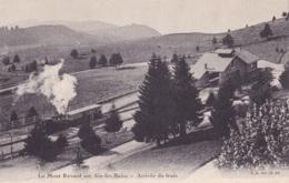 Le Mont Revard Sur Aix-les-Bains Arrivée Du Train - Aix Les Bains