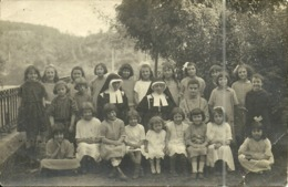( CARTE PHOTO )( ECOLES )( METIERS )( RELIGIEUSES )( KLEIN ) ( FILLES ) 1923 - Métiers