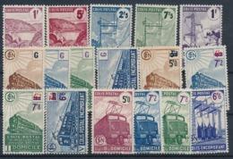 DB-384: FRANCE: Lot Avec Colis Postaux Avec N° 216A/233* - Neufs