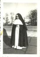 ( RELIGION   )( METIERS  )  ( FEMME   )( RELIGIEUSE ) 1944 - Métiers