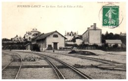 71 BOURBON LANCY - La Gare Et L'école De Filles - Otros Municipios