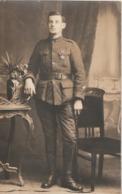 Rare Cpa-photo Soldat  Avec Croix De Guerre Et Tenue En Laine - 1914-18