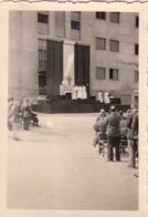 LOTDE  8 PHOTOS - MAHRISCH TRUBAU - REPUBLIQUE TCHEQUE - MESSE A L' OFLAG VIII F - CAMP DE PRISONNIERS - - Tchéquie