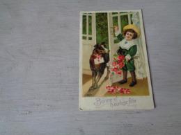Chien ( 588 )  Hond    -  Carte Gaufrée  Reliëf  -  Fillette - Chiens