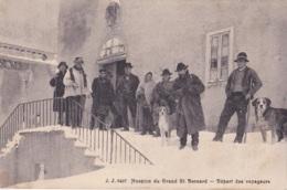 Hospice Du Grand St-Bernard Départ Des Voyageurs - VS Valais
