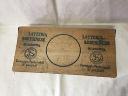 SCATOLA PUBBLICITARIA IN LEGNO LATTERIA SORESINESE SORESINA FORMAGGIO VINTAGE - Boxes