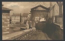1.1 // CPA - ANDENNE - La Porte Du Chapitre  // - Andenne