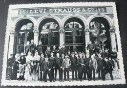 POSTALCARD OF  PUBLICITY  OF  LEVI ' S  JEANS ...8 - Werbepostkarten
